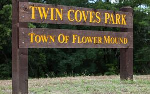 Twin Coves Park entrance sign